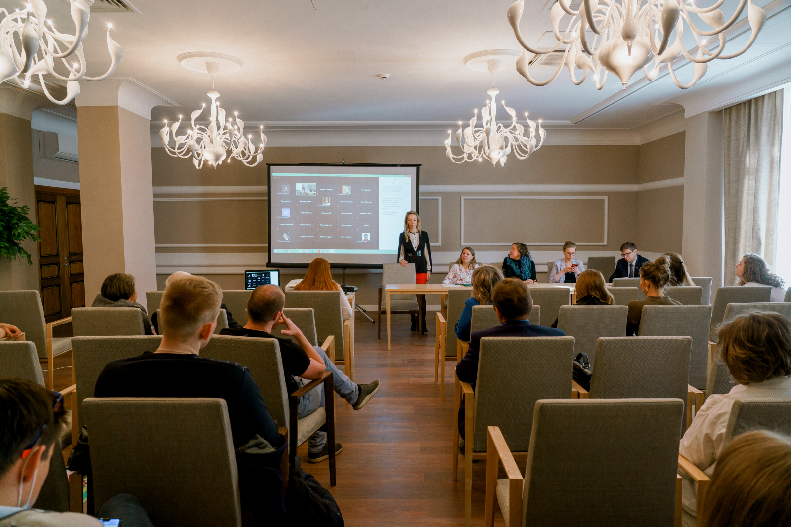 Преподаватели ВШТМ получили 49 дипломов в конкурсе «Лучший преподаватель глазами студентов»